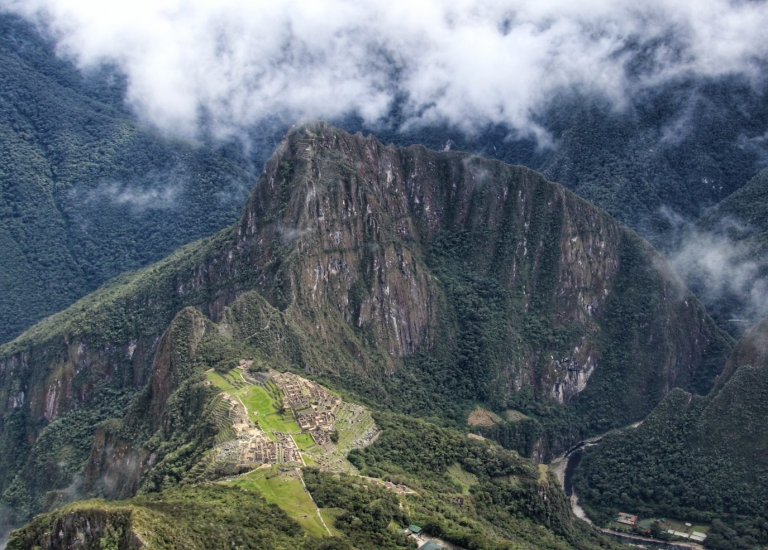 Machu Picchu Multi-Sport with Rainbow Mountain