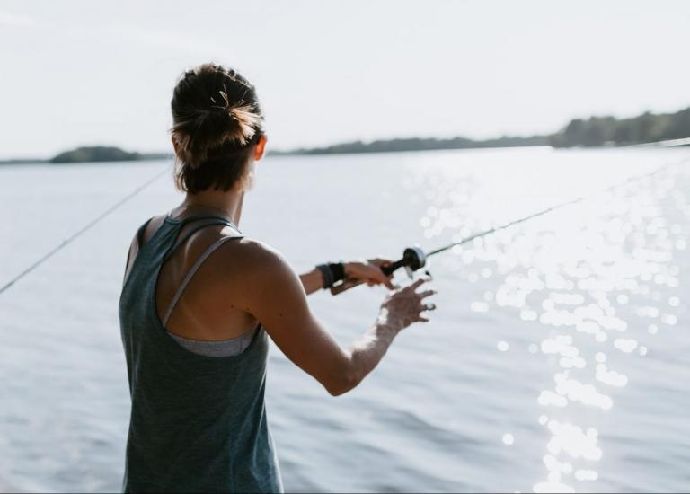 Half-Day Fishing Trip + Picnic Brunch in Charlotte NC