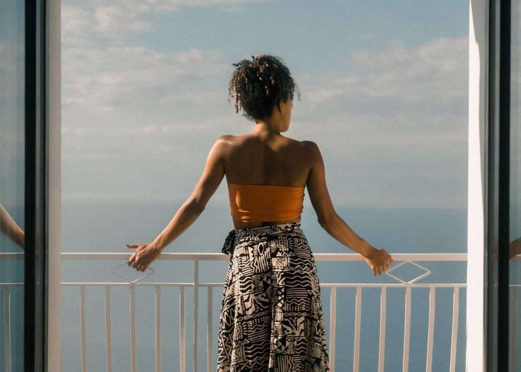 how to save for travel woman